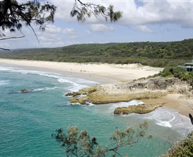 Main Beach North Stradbroke Island - Townsville Tourism