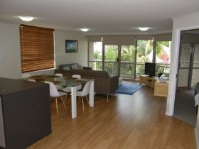 Sanctuary Beach Resort - Townsville Tourism