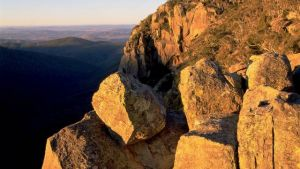 Booroomba Rocks - Townsville Tourism