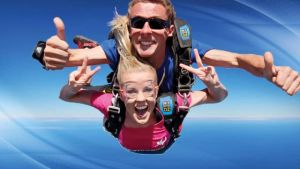 Skydive Oz Canberra - Townsville Tourism