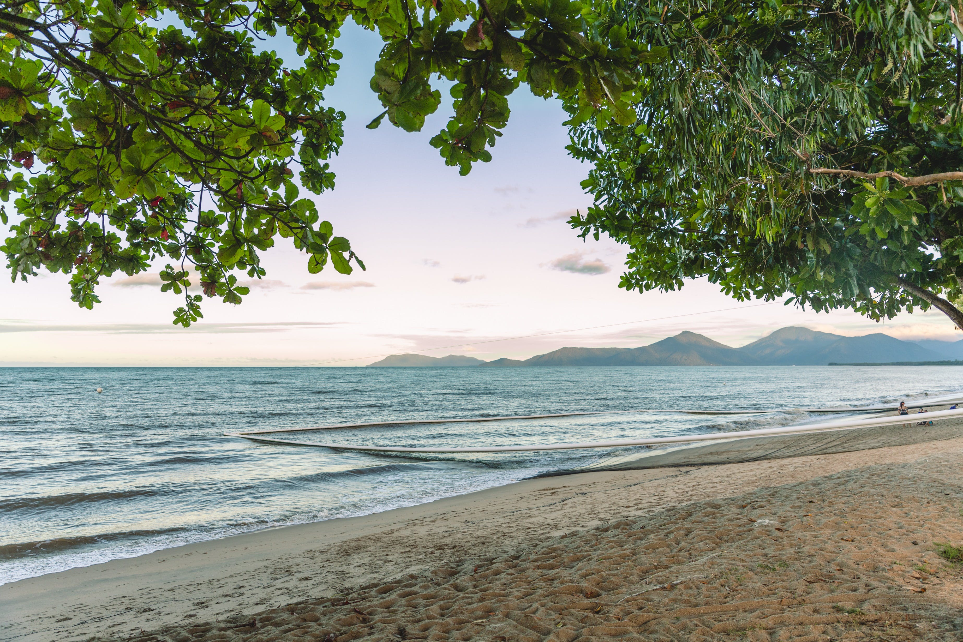Holloways Beach - Townsville Tourism
