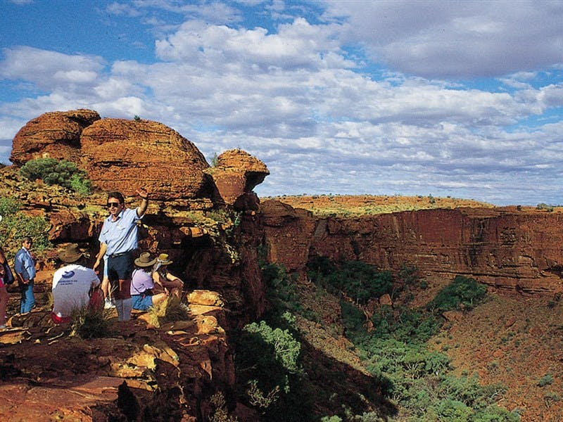 Kings Canyon - Townsville Tourism