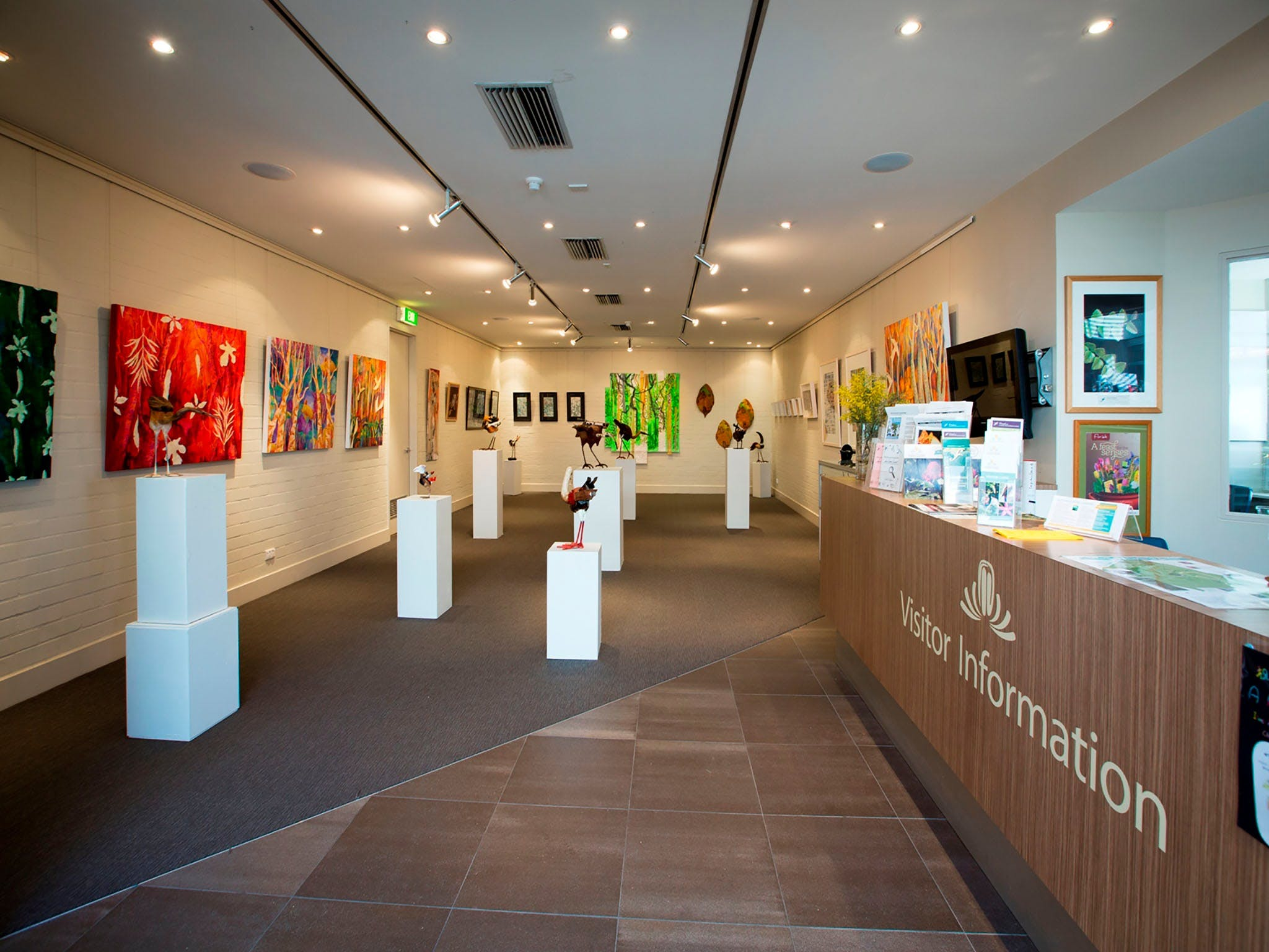 Australian National Botanic Gardens Visitor Centre Gallery - Townsville Tourism