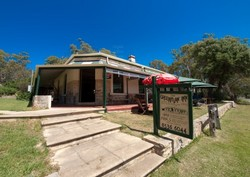 Greenman Inn - Townsville Tourism