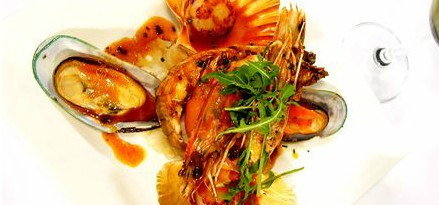 Lively Catch Seafood Restaurant - Townsville Tourism