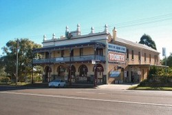 Caledonia Hotel - Townsville Tourism