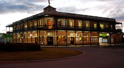 The Grand Terminus Hotel - Townsville Tourism