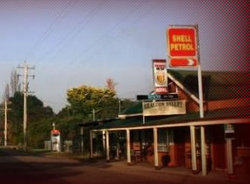 Araluen Valley Hotel - Townsville Tourism