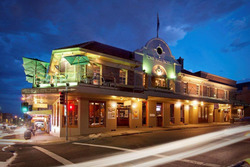 Town Hall Hotel - Townsville Tourism