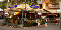 Apres Beach Bar  Grill - Palm Cove - Townsville Tourism