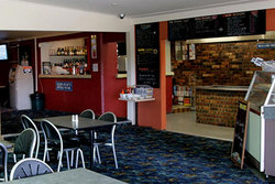 Greenwell Point Hotel - Townsville Tourism