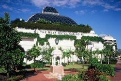The Reef Hotel Casino Bars