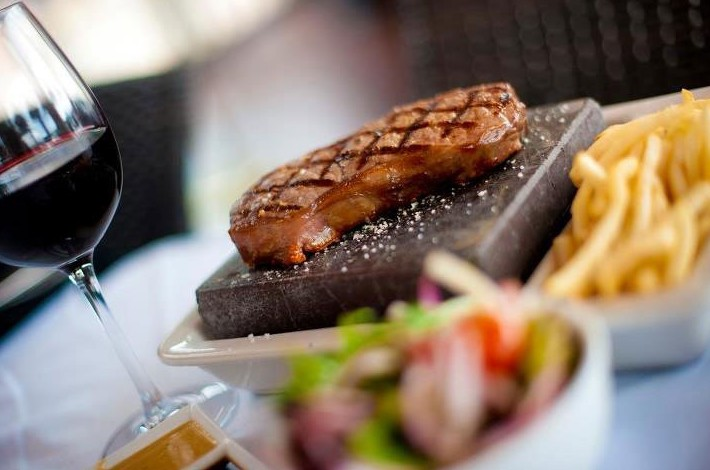 Black Angus Bar  Grill Restaurant - Townsville Tourism