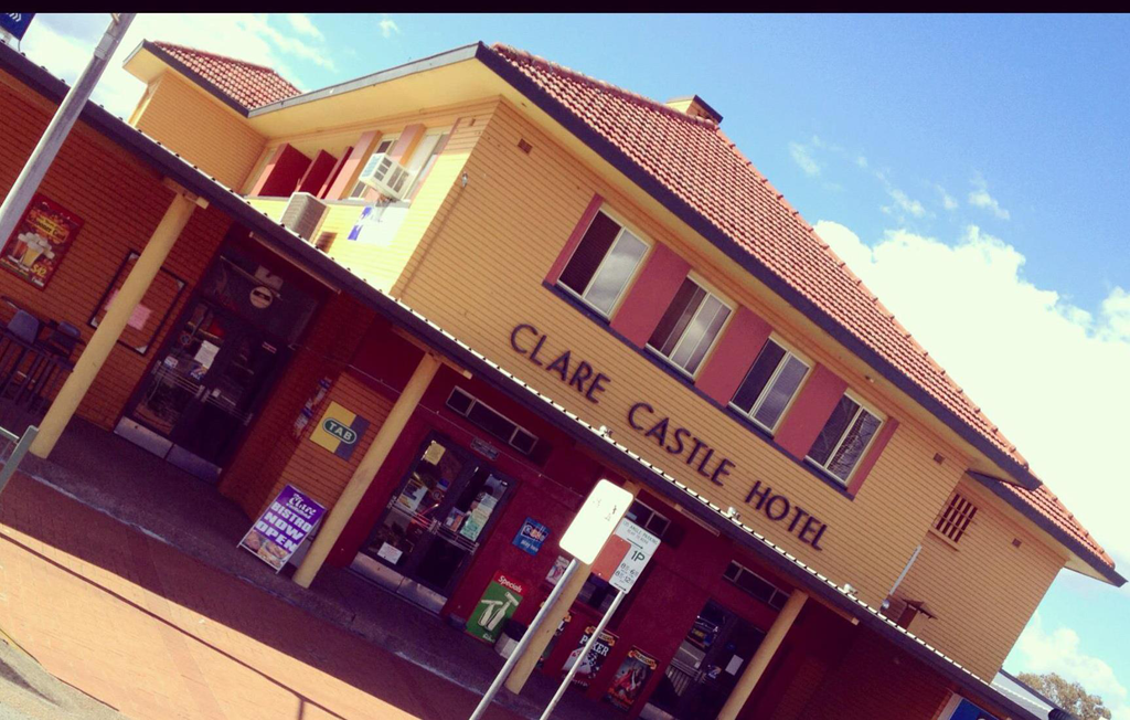 Clare Castle Hotel - Townsville Tourism
