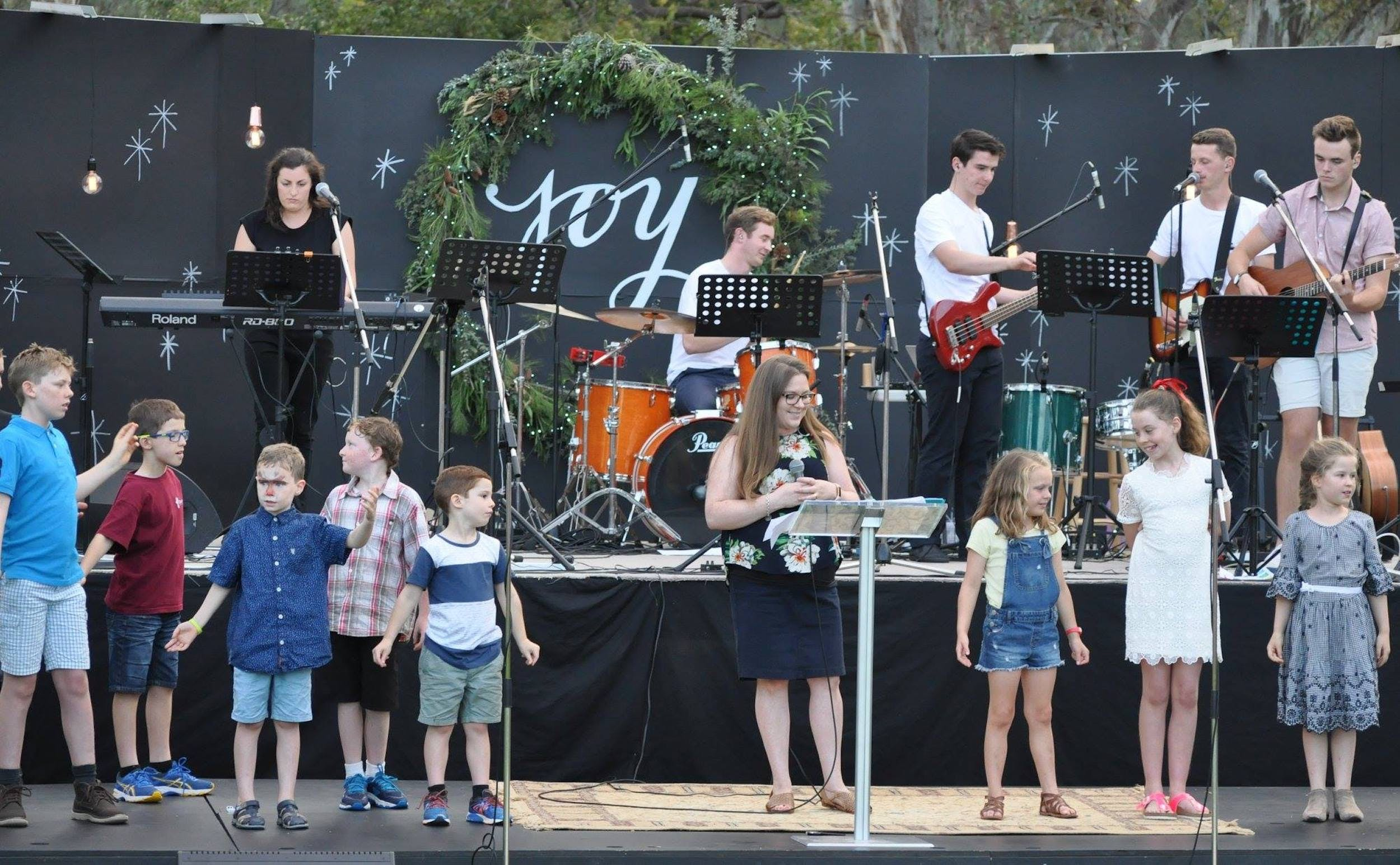 Carols in the Park Corowa - Townsville Tourism