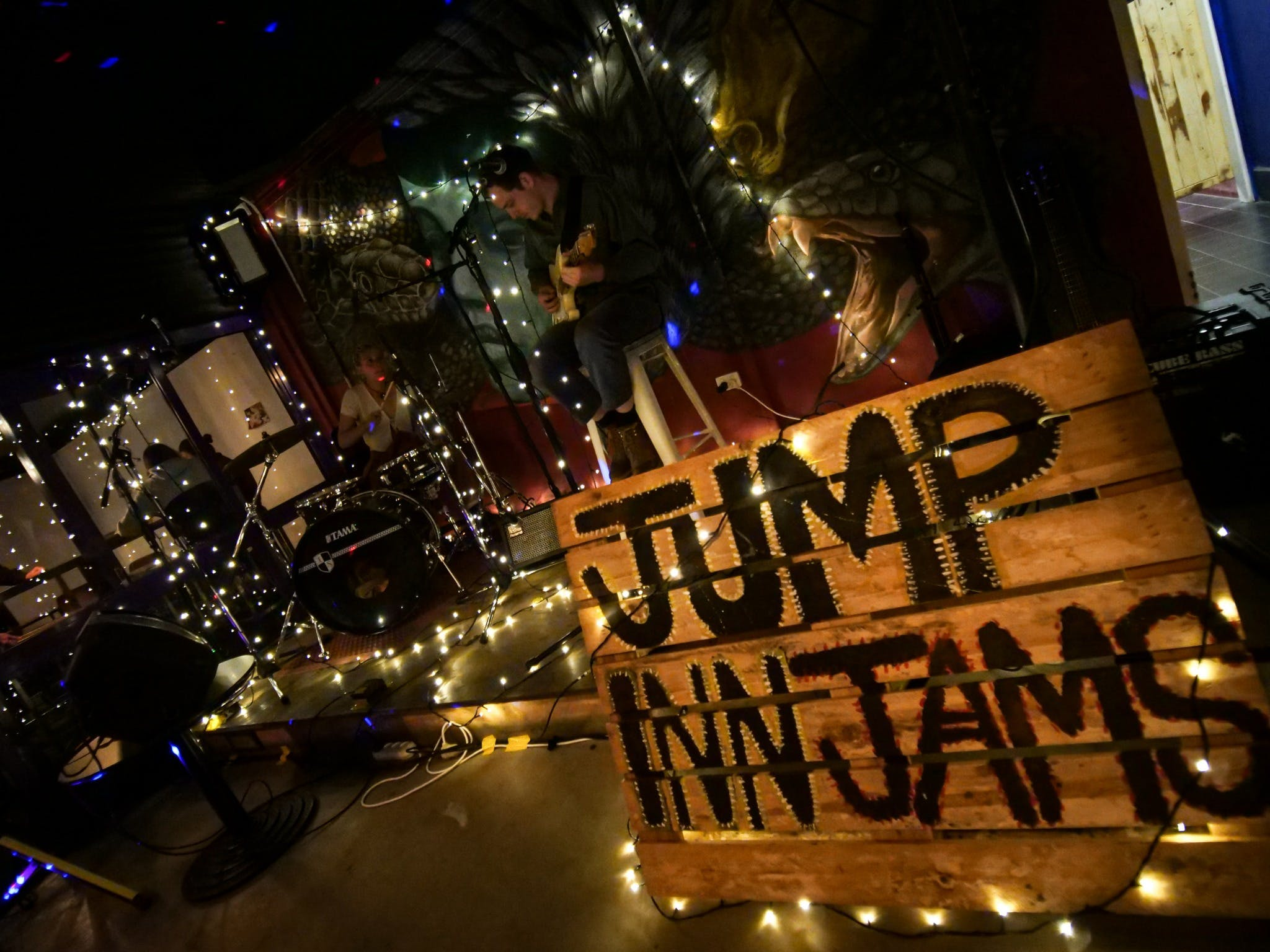 Jump Inn Jam Sessions - Townsville Tourism