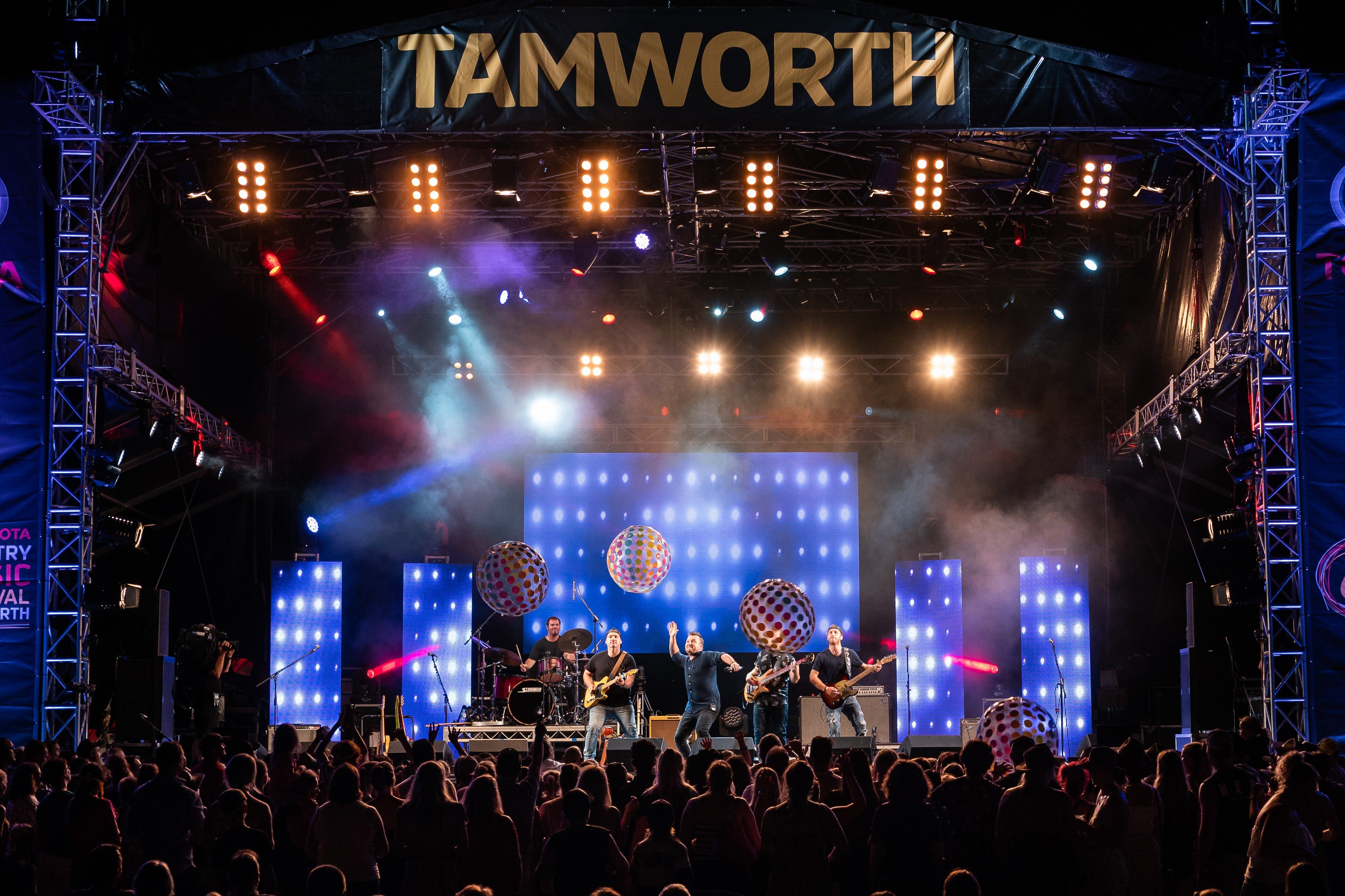 Toyota Country Music Festival Tamworth - Townsville Tourism