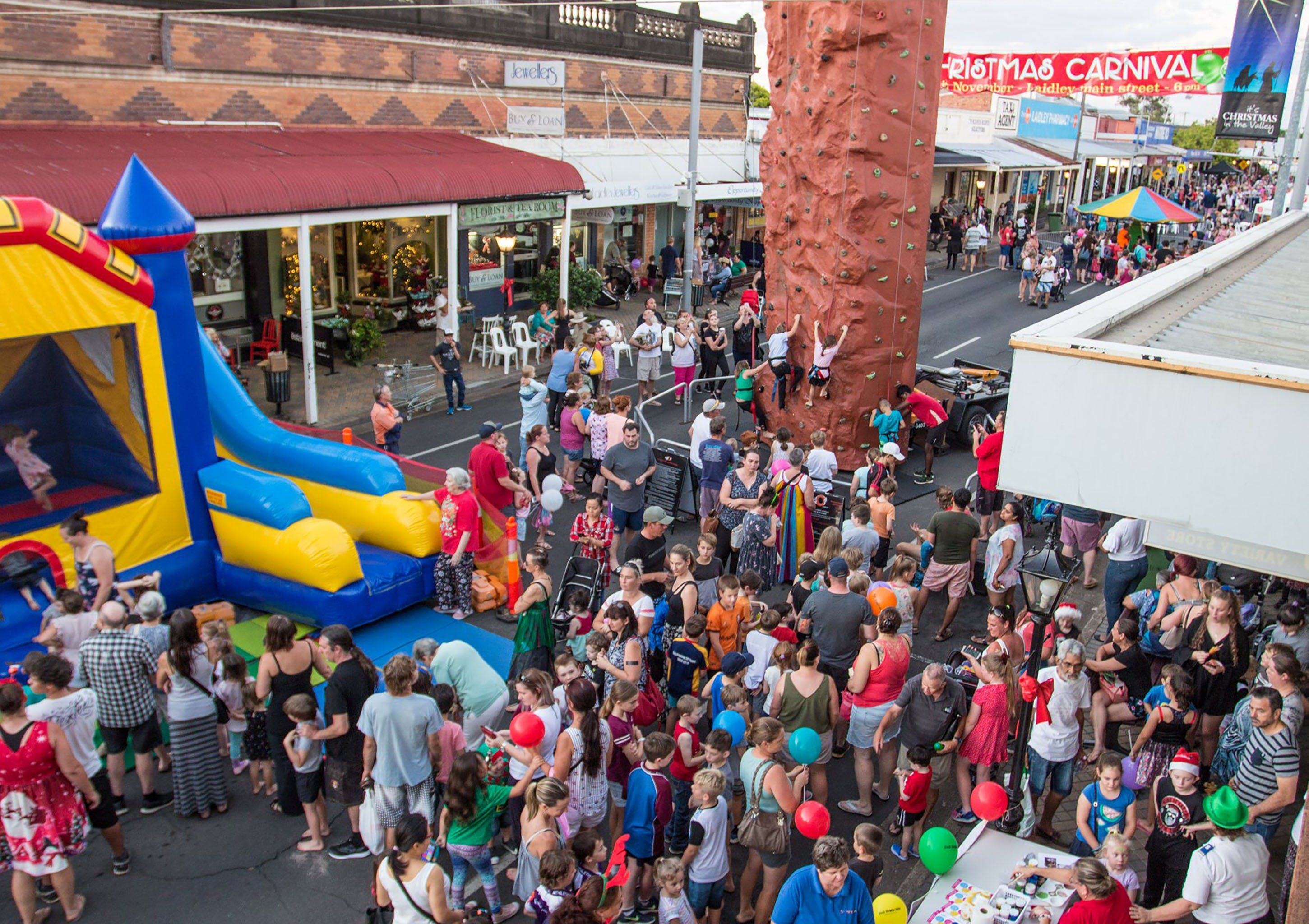 Laidley Christmas Street Festival - Townsville Tourism