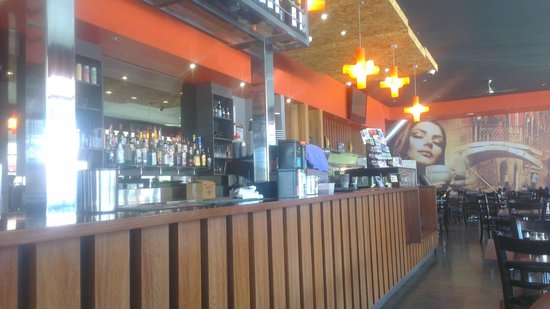 Madison's Wood Fired Cafe - Townsville Tourism