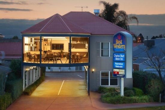 The Roundabout Restaurant - Townsville Tourism