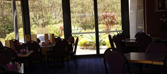 Tathra Beach Country Club - Townsville Tourism