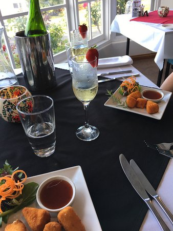 Top of the Hill Restaurant - Townsville Tourism