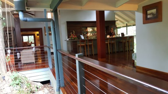 Treehouse Restaurant - Townsville Tourism
