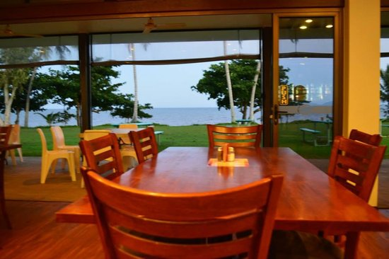 King Reef Hotel Restaurant - Townsville Tourism