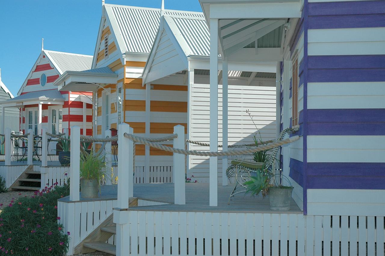 Beach Huts Middleton - Townsville Tourism