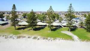 Wallaroo Holiday Park - Townsville Tourism