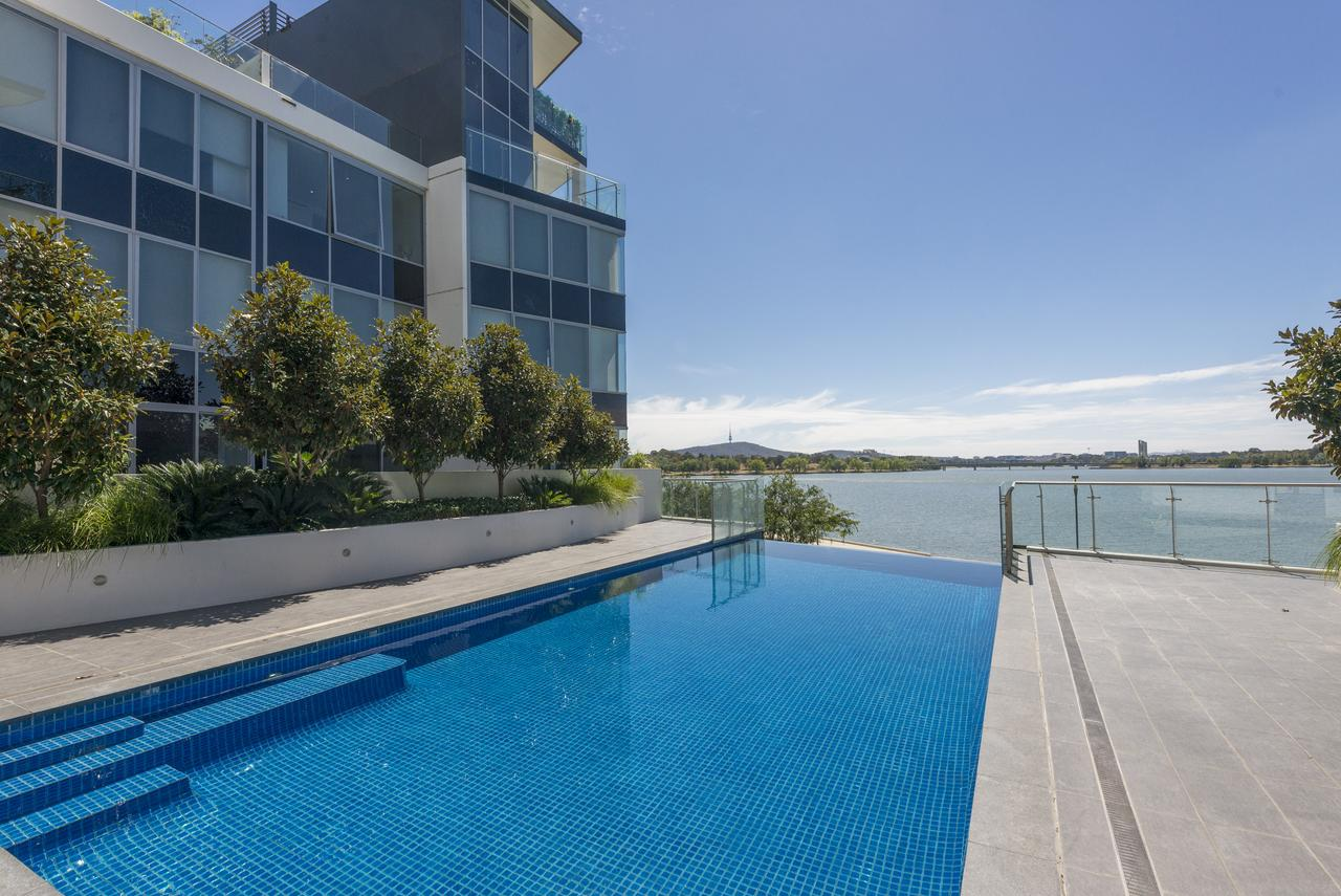 Accommodate Canberra - Lakefront - Townsville Tourism