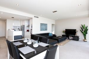 Brand New Executive Apartment - Townsville Tourism