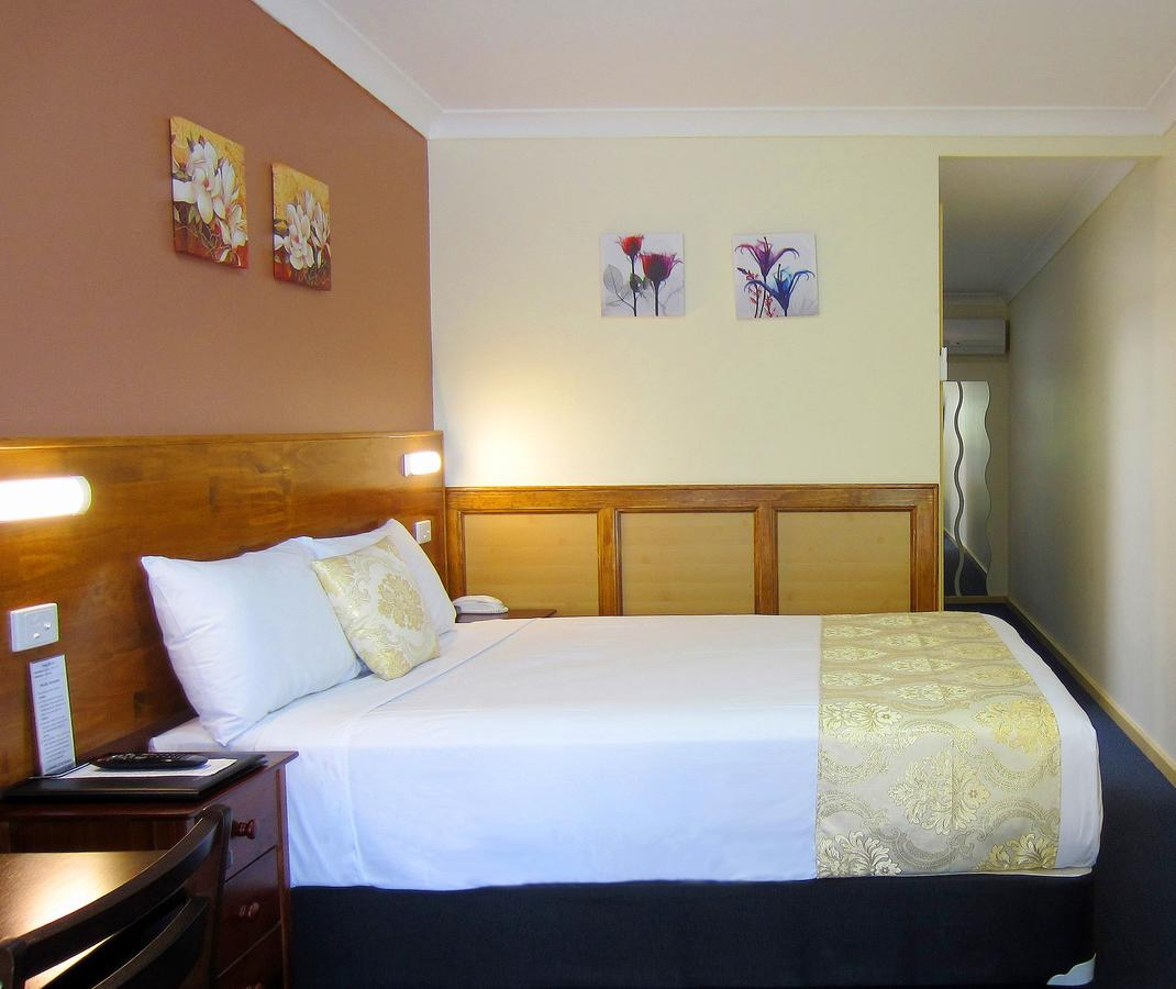 Highway Motor Inn Taree - Townsville Tourism