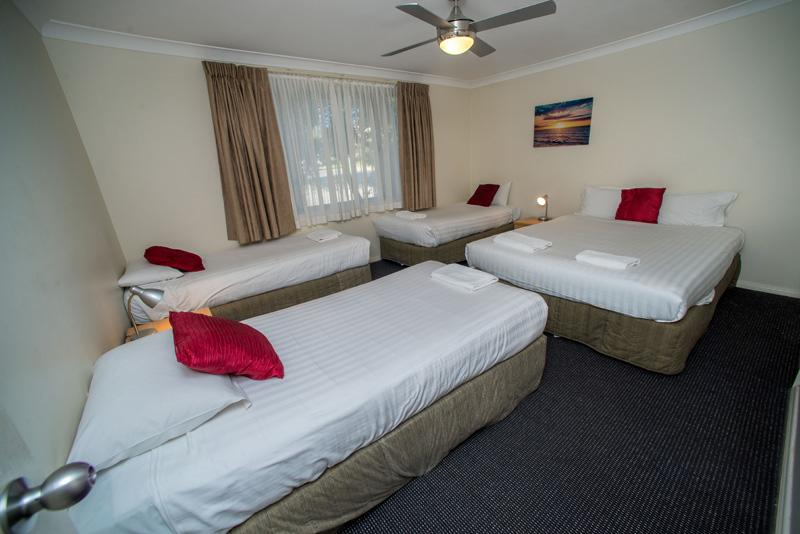 Beaches Serviced Apartments - Townsville Tourism
