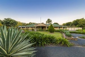 Bonville Lodge Bed  Breakfast - Townsville Tourism