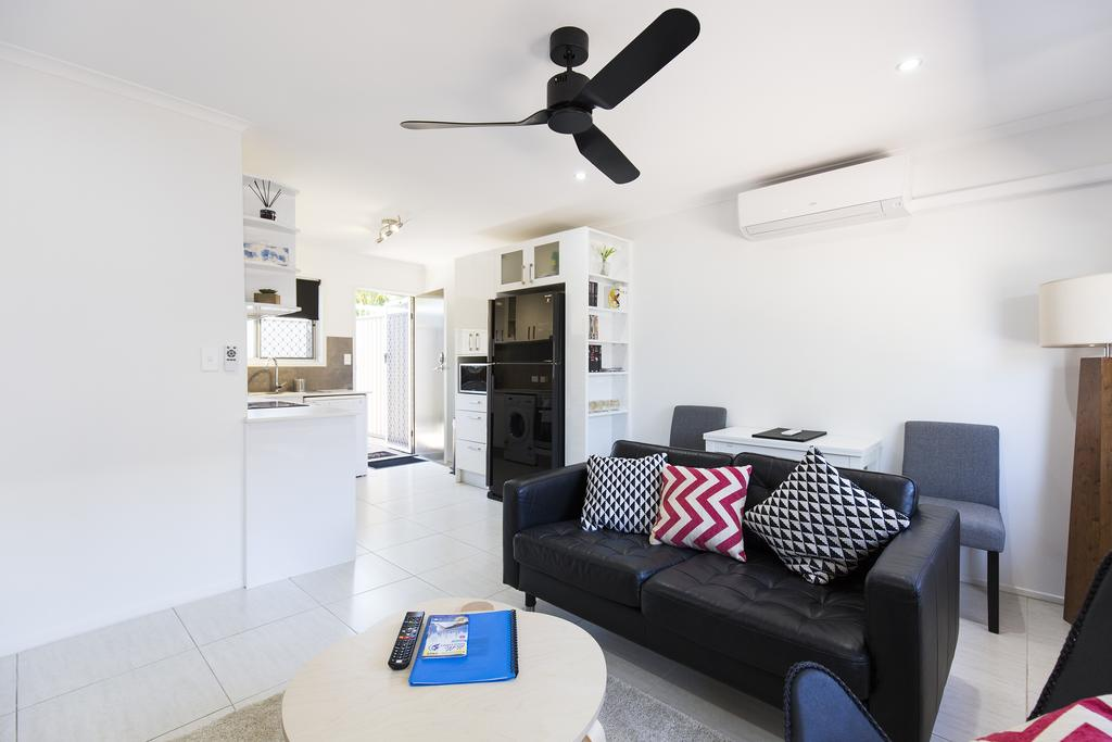 Brandy Apartment - Townsville Tourism