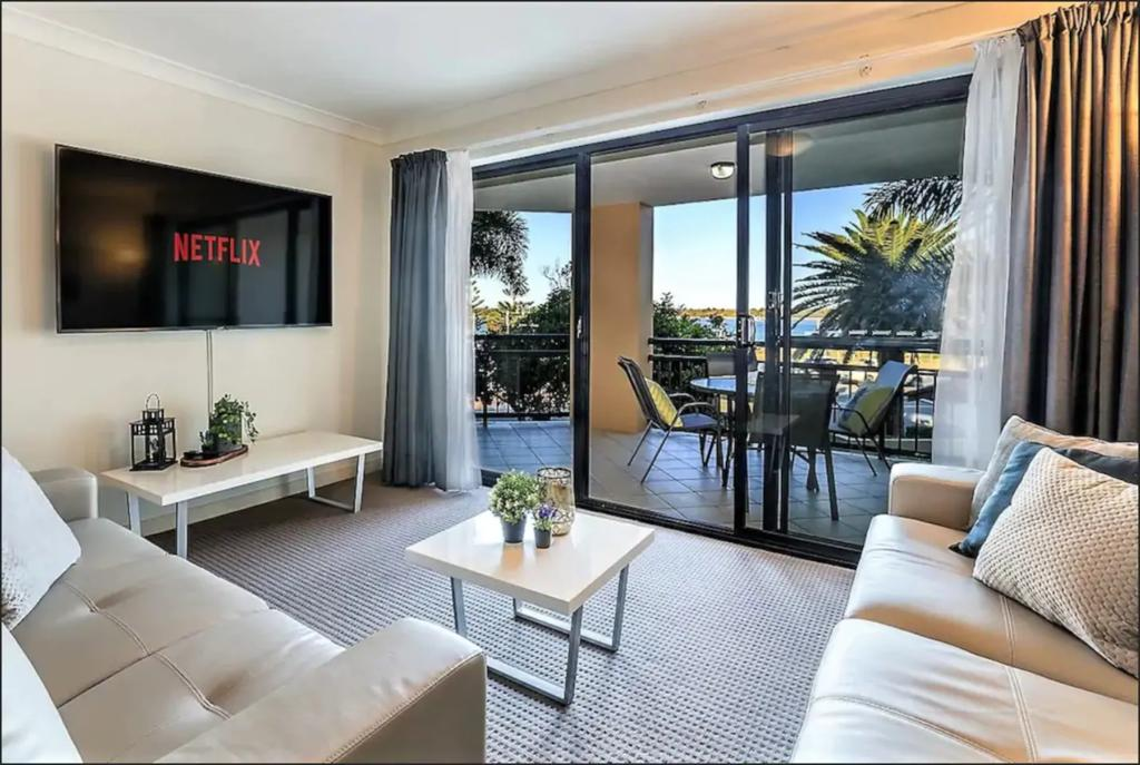 Gold Coast Apartment At Sandcastles On Broadwater - Townsville Tourism