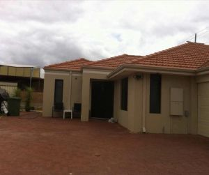 House close to airport - Townsville Tourism