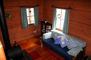 Cradle Mountain Love Shack - Townsville Tourism