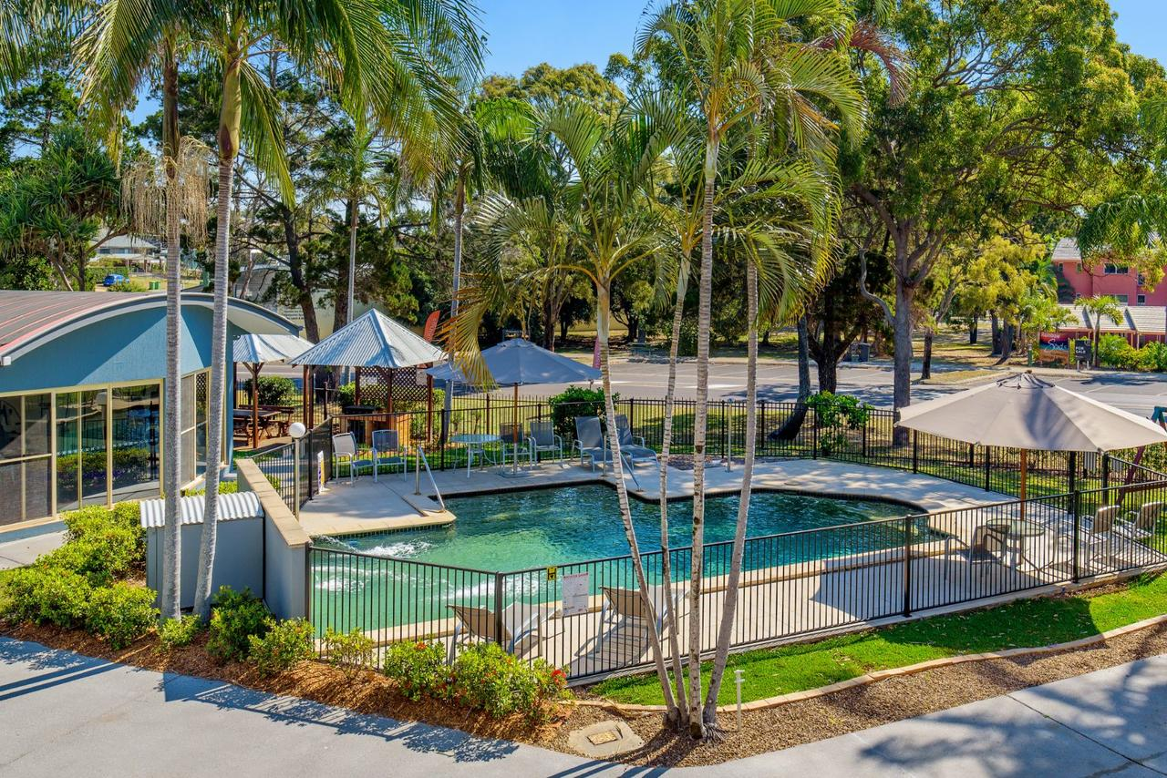 Rainbow Getaway Holiday Apartments - Townsville Tourism