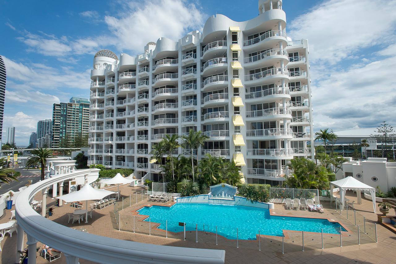 Broadbeach Holiday Apartments - Townsville Tourism