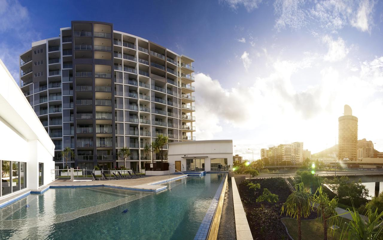 Oaks Gateway Suites - Townsville Tourism