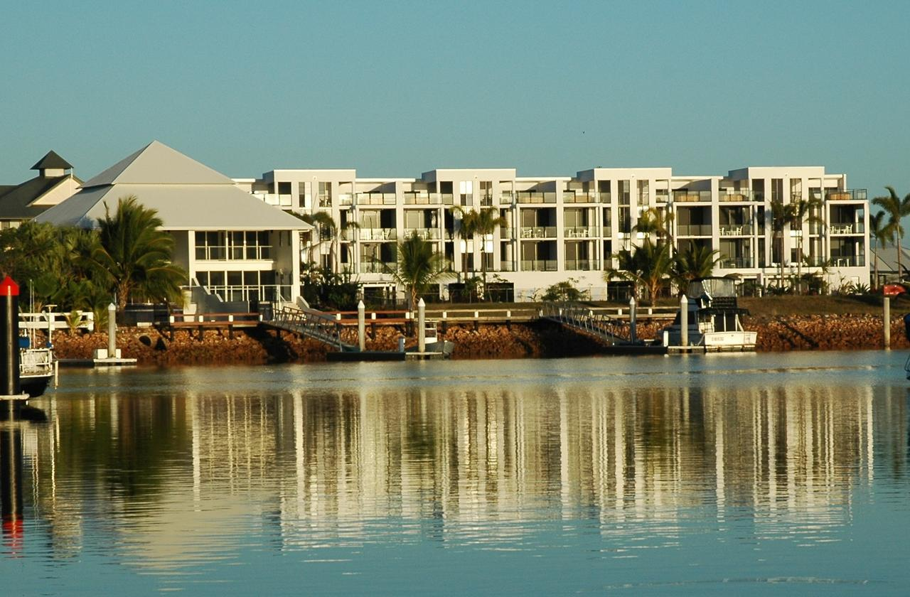 Hinchinbrook Holiday Apartments - Townsville Tourism