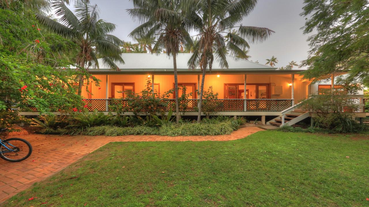 Beachcomber Lodge - Townsville Tourism