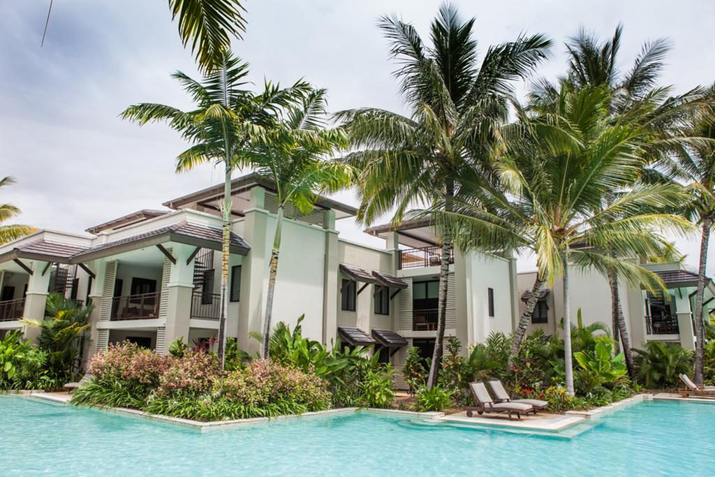 131 Sea Temple Luxury Swimout Apt. - Townsville Tourism