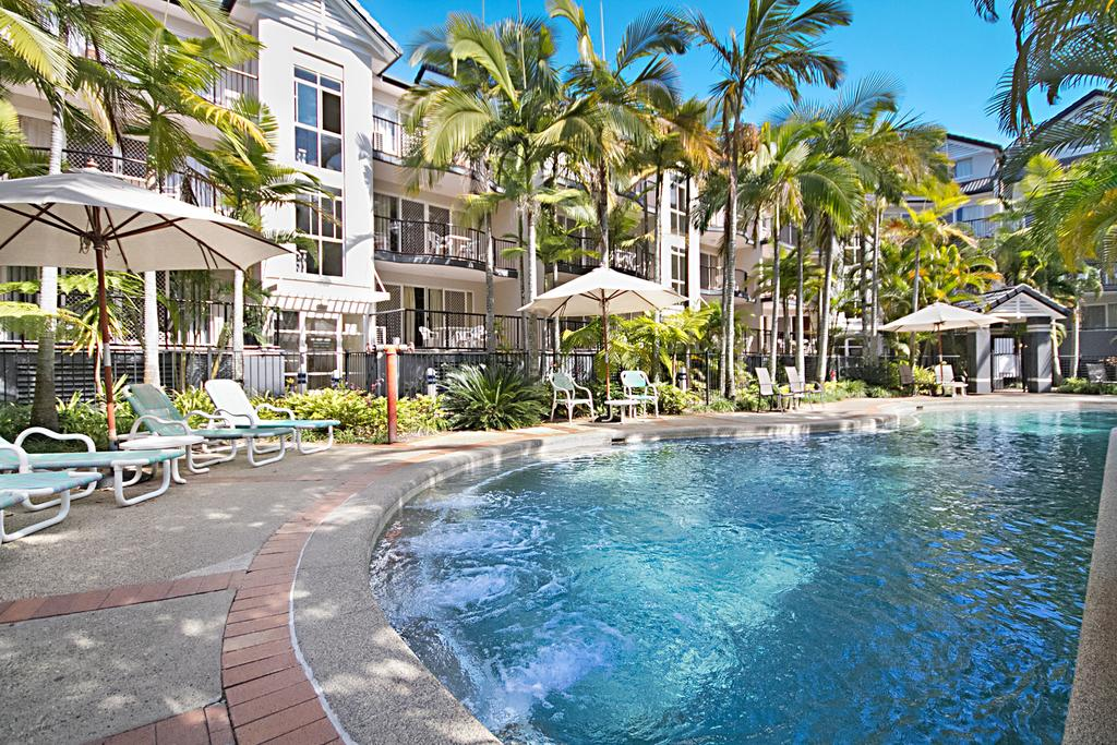Blue Waters Apartments - Townsville Tourism